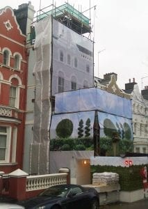 Building wrap and hoarding
